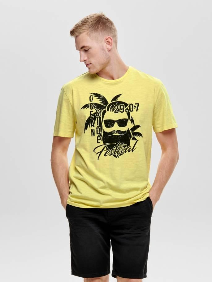 1f170d5d1 Camiseta con estampado frontal amarilla - 22013138 - Uesti