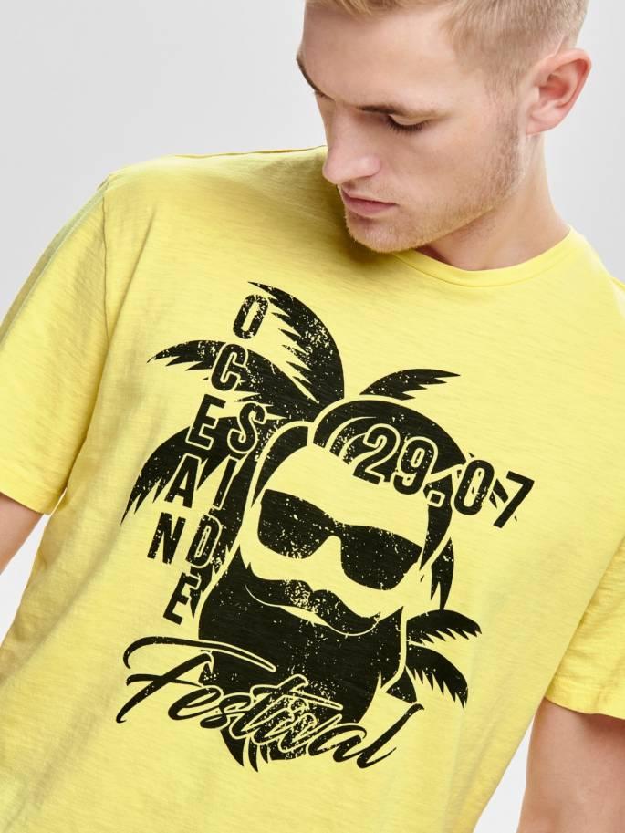 Camiseta con estampado frontal amarilla - 22013138 - Uesti