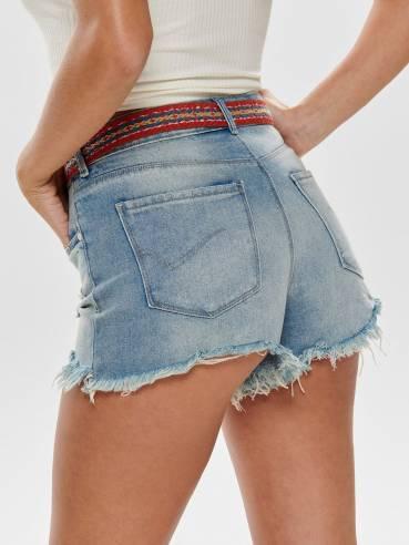Shorts con rotos y bajos con flecos - Only - 15176281 - Uesti