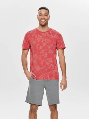 Camiseta con estampado integral de flores roja - Only and sons - 22013199 - Uesti