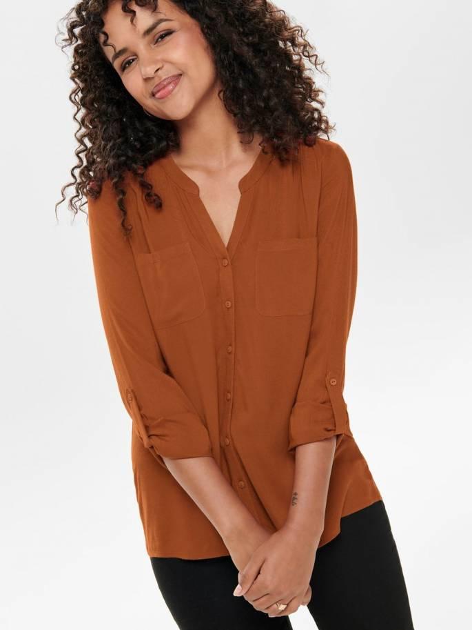 Camisa marrón de corte holgado cuello en pico - 15133028 - Only - Uesti